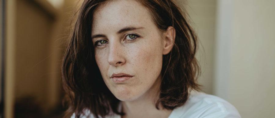 Acclaimed Australian Artist Ainslie Wills Releases New Single 'Society'