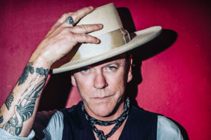 Kiefer Sutherland shares video for 'Open Road'