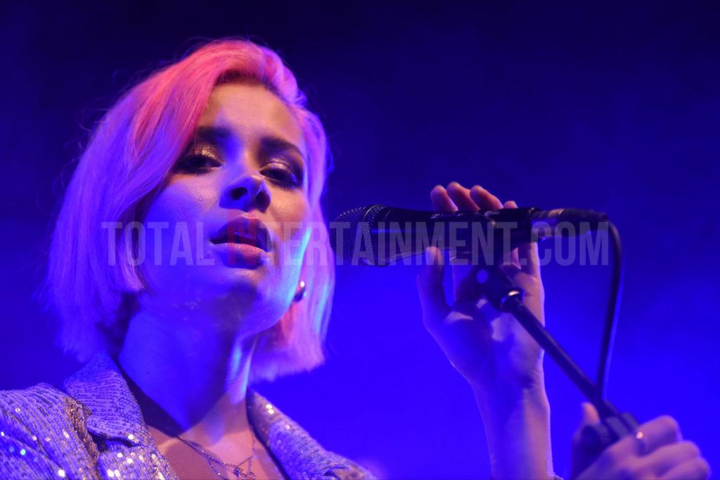 Nina Nesbitt, Manchester, TotalNtertainment, Stephen Farrell, review, Music