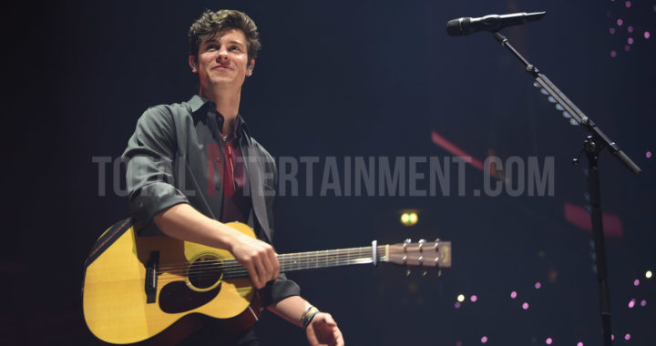 Shawn Mendes plays a sold out Manchester Arena