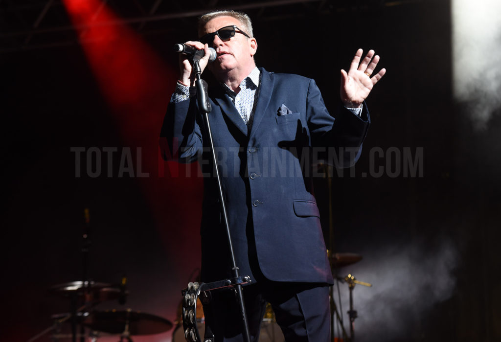 Madness, Aintree Racecourse, TotalNtertainment, Liverpool, Graham Finney, Music, Review