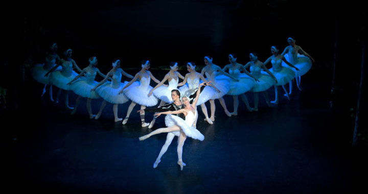 Iconic Ballet Swan Lake Glides Into Chester This January