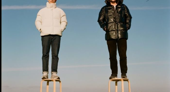 Frankie Stew & Harvey Gunn  'Handle With Care'