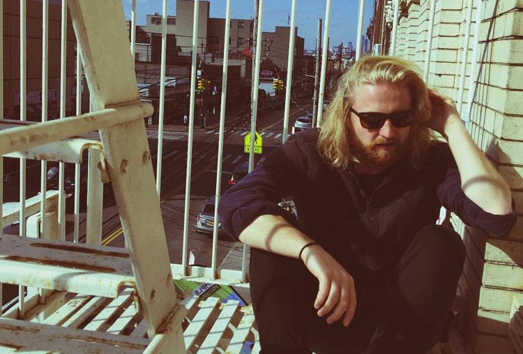 Alex Lleo, Music, New Single, 4:05, TotalNtertainment