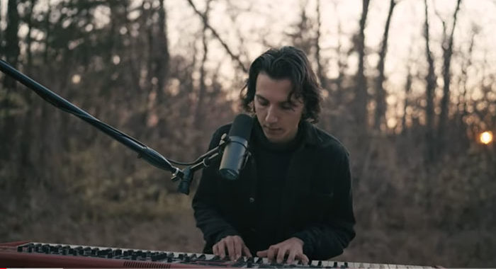 Anson Seabra releases 'Walked Through Hell'