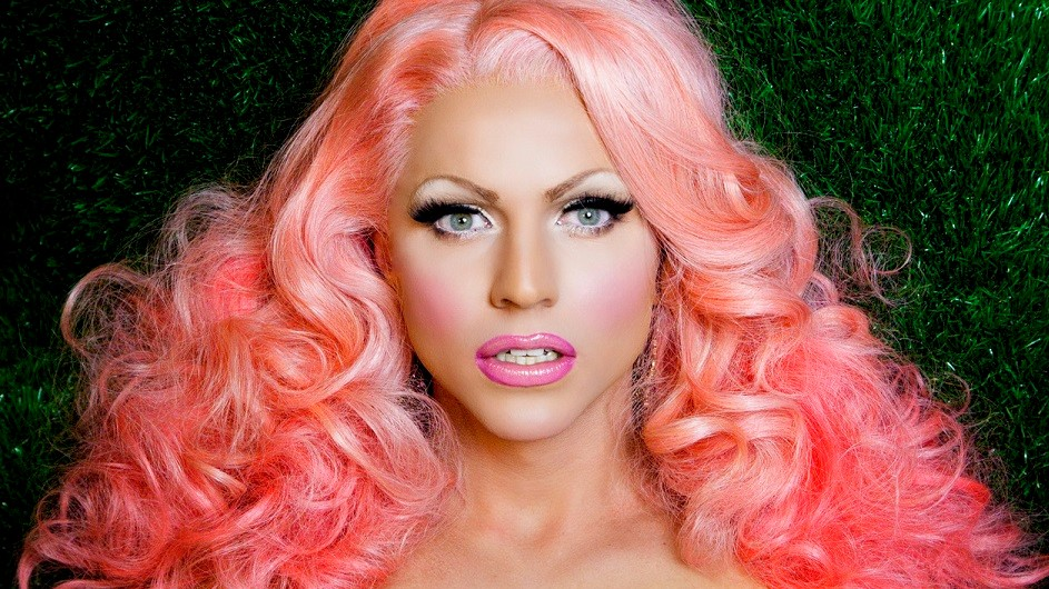 Courtney Act Pink of the Green, Liverpool Pride, TotalNtertainment, Festival