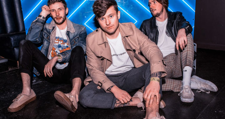 Crystal Tides release new single 'Monday'