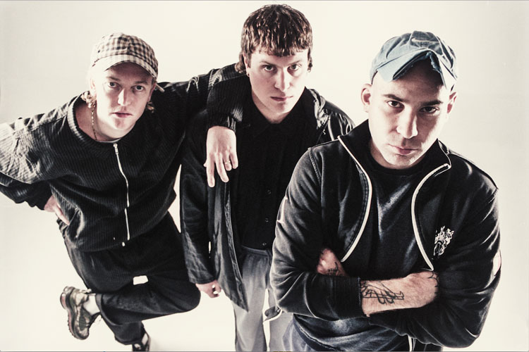 DMA's, release, New Single, Music, Tour, TotalNtertainment, Manchester, Live Stream, The Glow