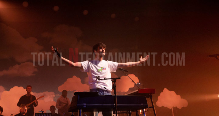 Rex Orange County Performs to Adoring Fans at Sold Out Manchester O2 Apollo