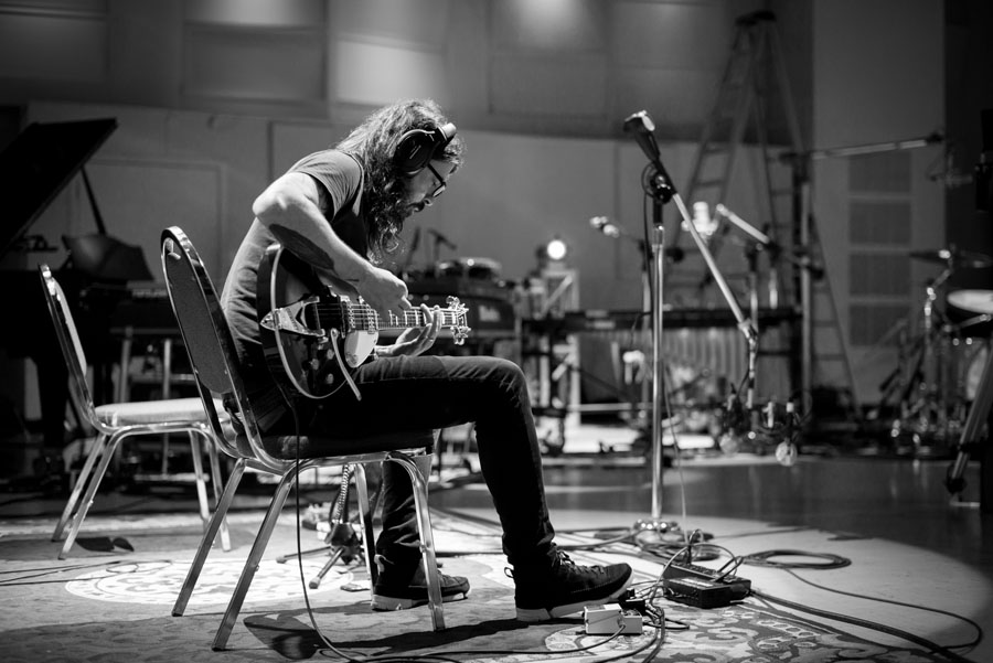 Dave Grohl, Documentary, Music, TotalNtertainment,
