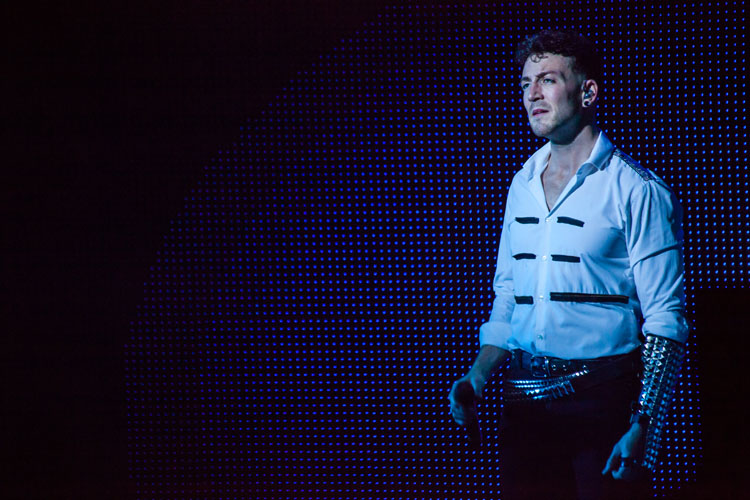David Julien, Musical, Thriller, Tour, TotalNtertainment, Manchester