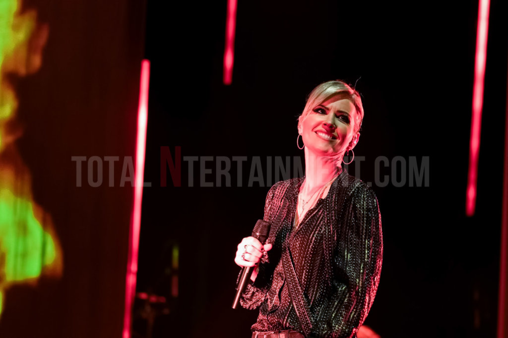 Dido, Manchester, review, TotalNtertainment, Music, Andy Von Pip,