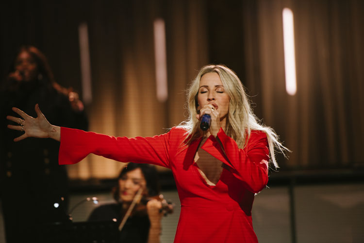 Ellie Goulding, Music, Live Stream, TotalNtertainment