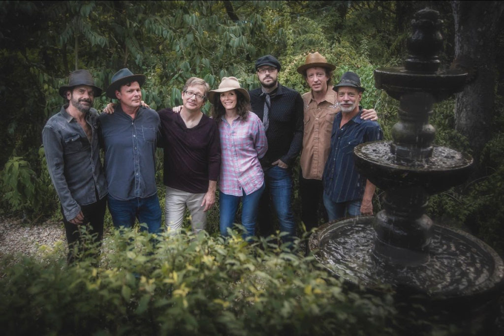 Edie Brickell and New Bohemians, New Single, New Album, Tripwire, TotalNtertainment