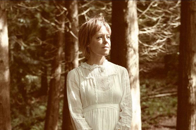 Emily Baker, Return Me, Music, New Single, TotalNtertainment