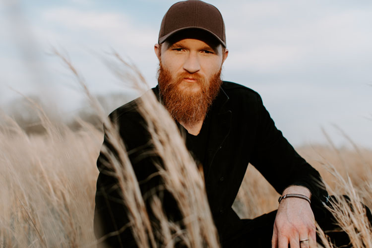 Eric Paslay, Music, New Single, Heartbeat Higher, Tour, York, TotalNtertainment