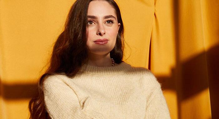 Esther Abrami releases new single 'Ravel Variation'