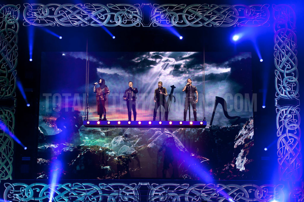 Boyzone, Leeds, Jo Forrest, Review, First Direct Arena, TotalNtertainment