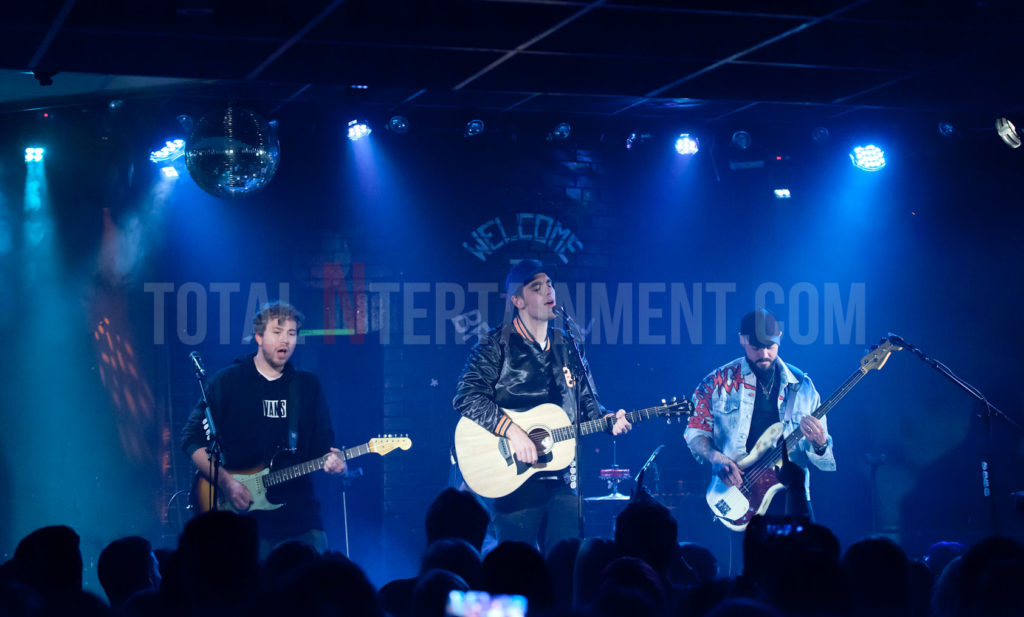 Busted, Brudenell Club, Leeds, Jo Forrest, Review, TotalNtertainment