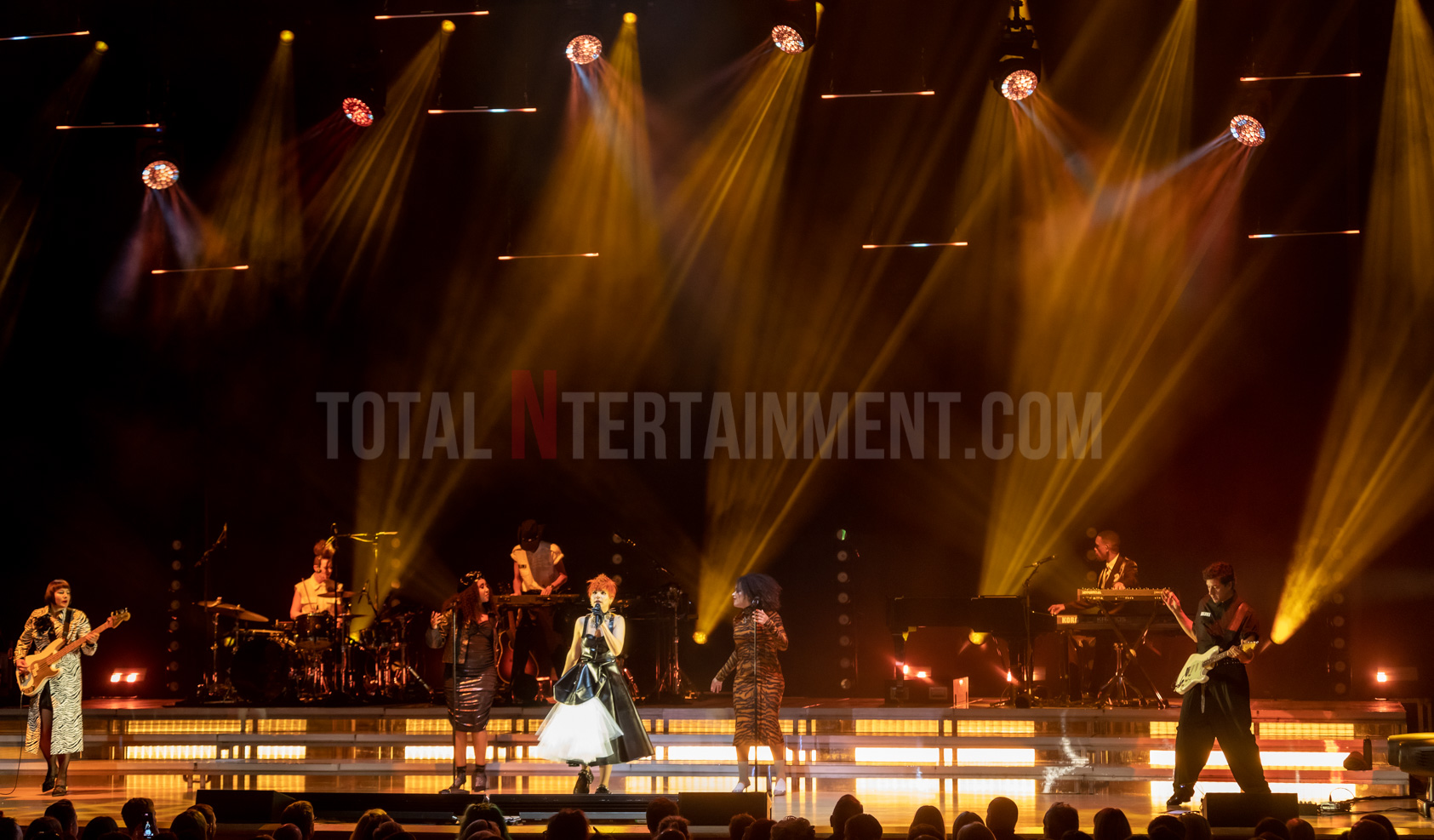 Paloma Faith, Bridgewater Hall, Manchester, Live Event, Jo Forrest, TotalNtertainment, Review