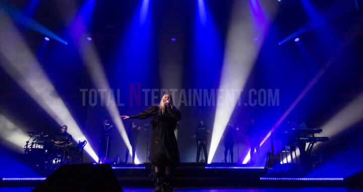 Ellie Goulding brings Brightest Blue to Manchester