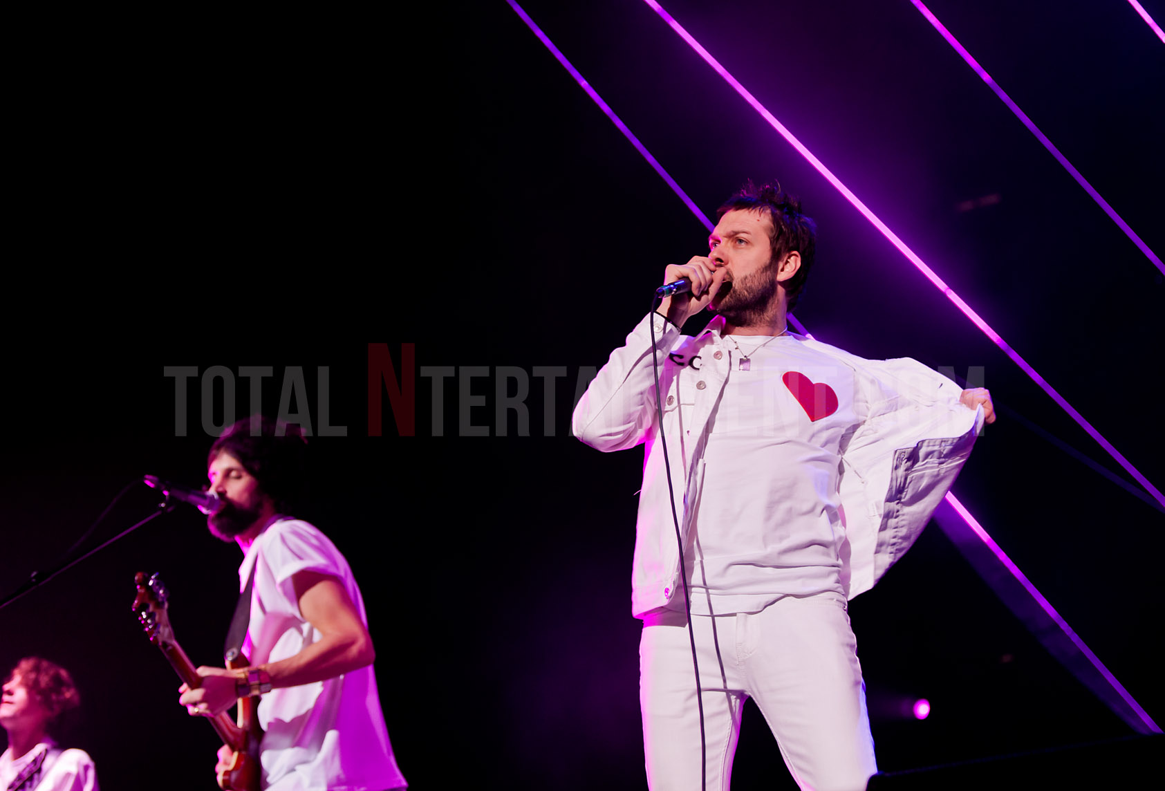 Kasabian blast the Echo Arena with 105 mins of relentless rock
