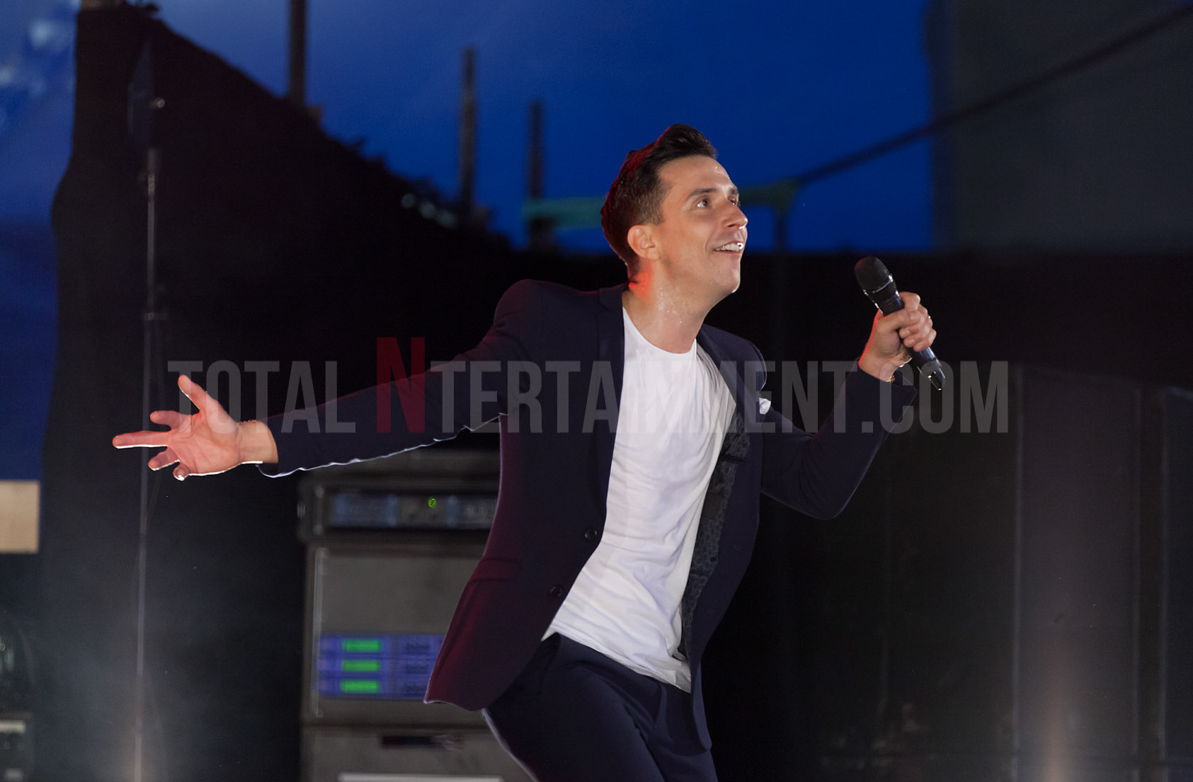 Russell Kane, Leeds Festival, Review, Jo Forrest, TotalNtertainment, Leeds