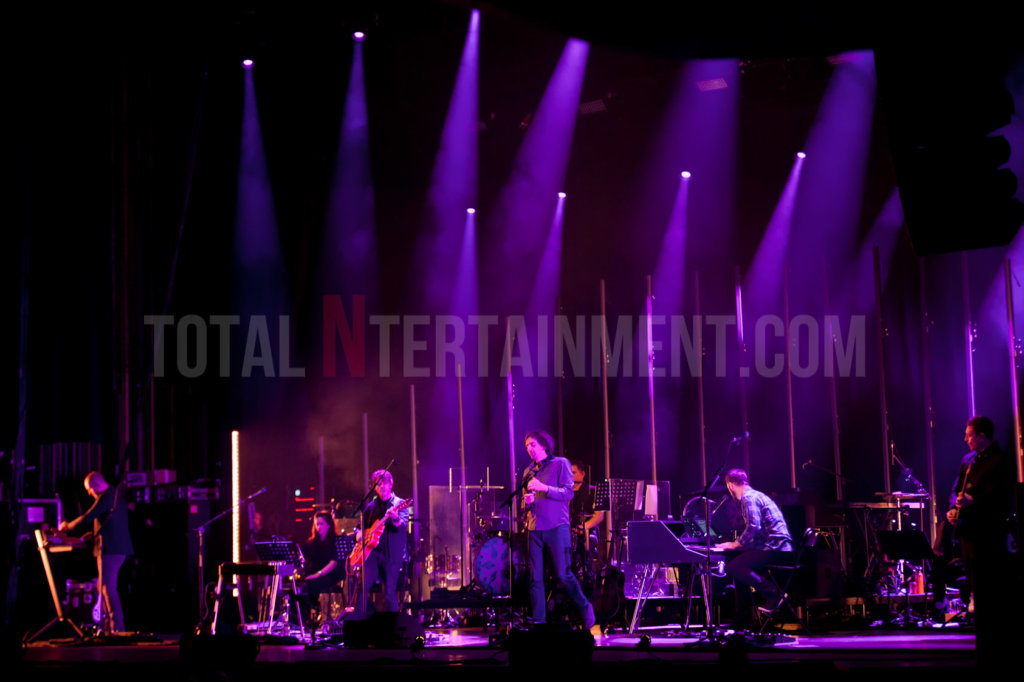 Snow Patrol, Music, Manchester, TotalNtertainment, Jo Forrest, Review