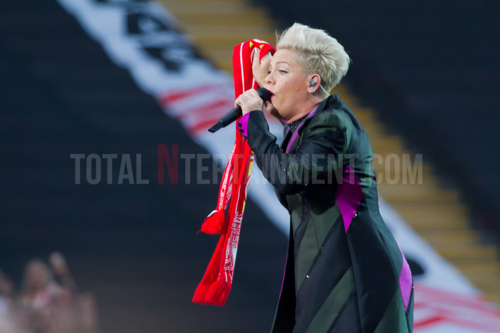 Pink, Anfield Stadium, Music, TotalNtertainment, Liverpool, Jo Forrest, Review