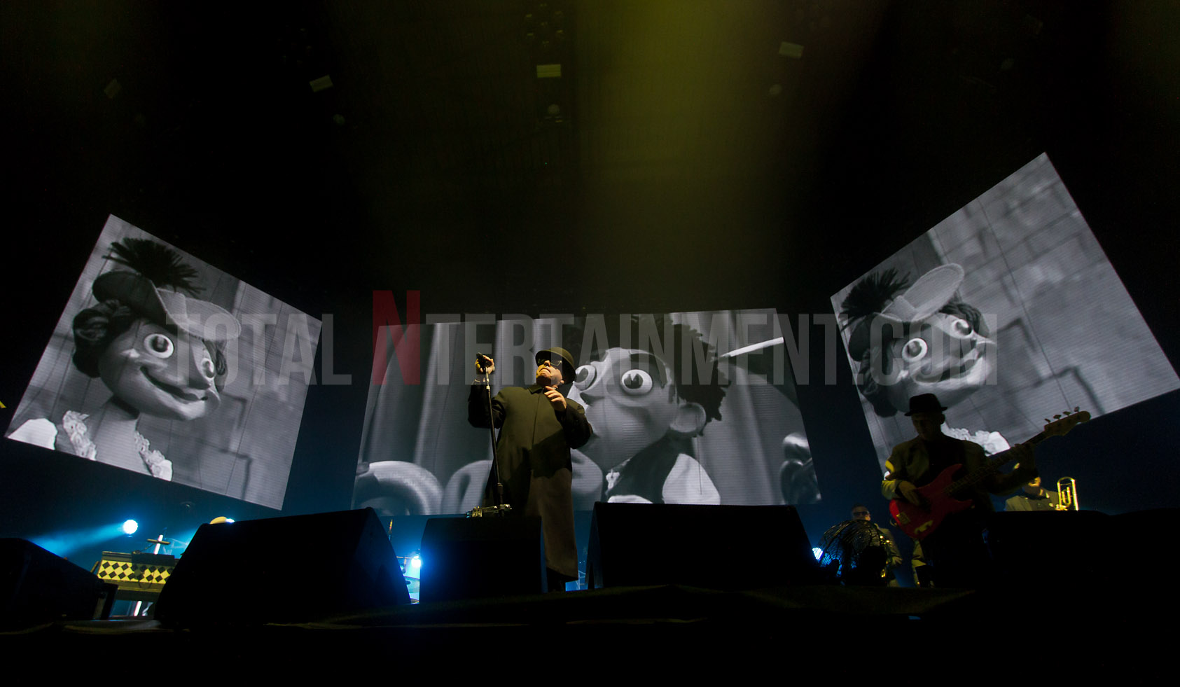 Madness, Leeds, First Direct Arena, Jo Forrest, Review, TotalNtertainment