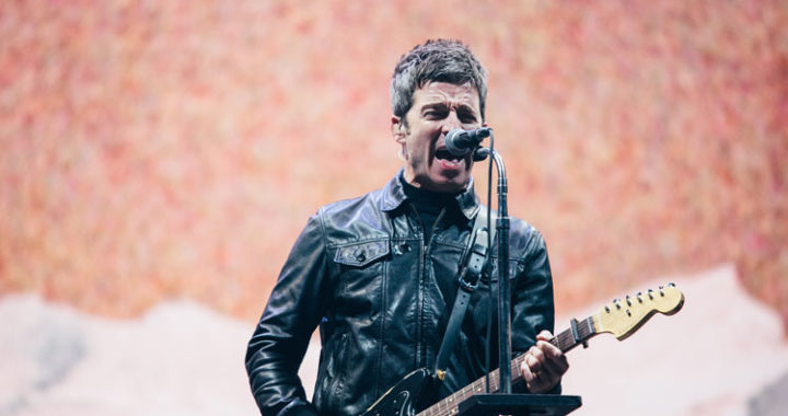 Noel Gallaghers HFB close the first night of Isle of Wight festival