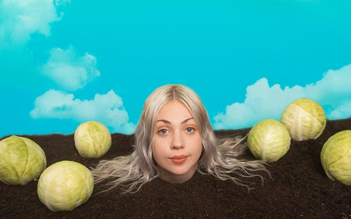 Lauran Hibbard, Music News, New EP, TotalNtertainment, Bleugh
