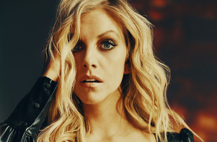 Lindsay Ell, Music, Hits Me, New Release, TotalNtertainment