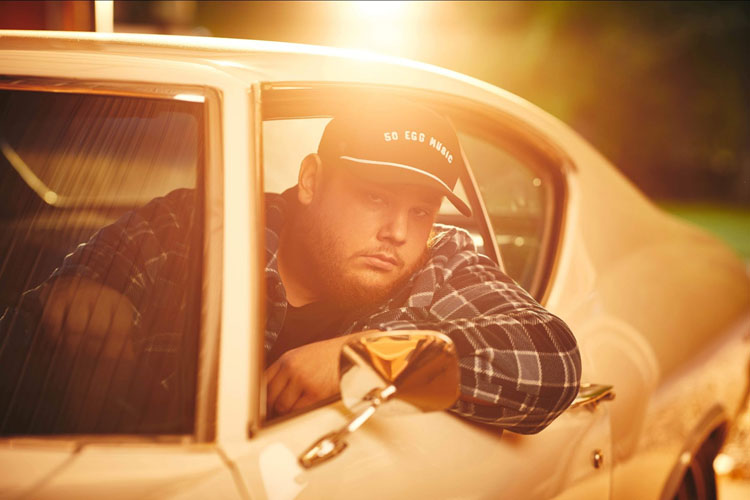 Luke Combs, Music, New SIngle, Six Feet Apart, TotalNtertainment