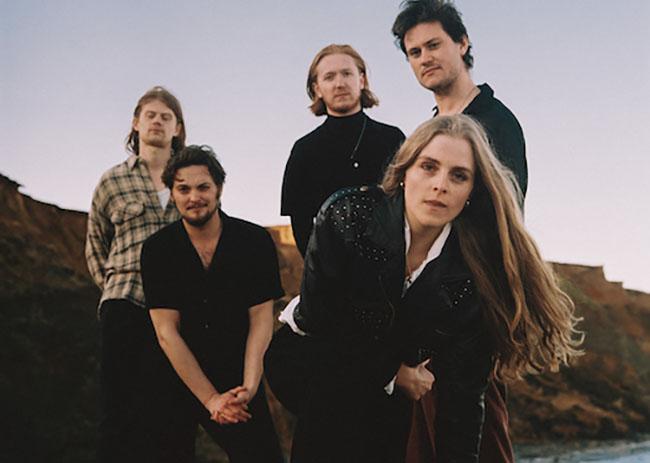 Marthagunn, Music, New Single, TotalNtertainment, Holding the Fire