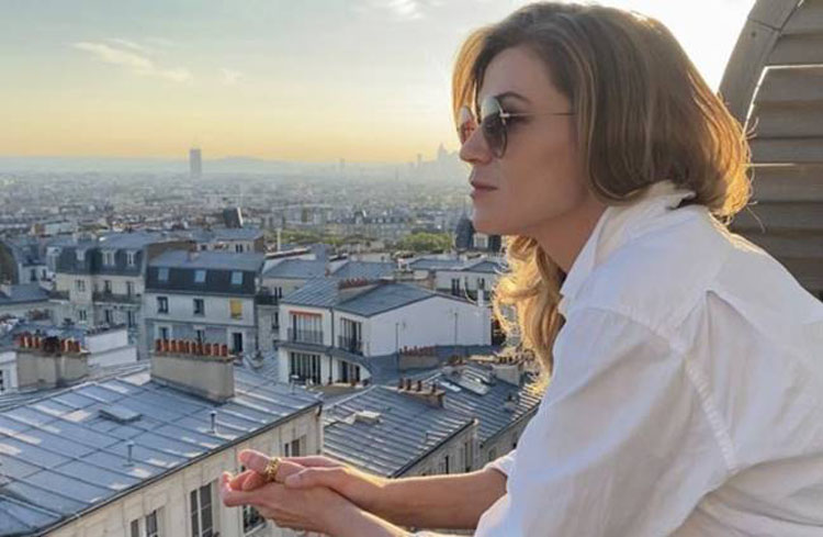 Melody Gardot, Music, New Single, From Paris With Love, TotalNtertainment, Sunset In The Blue