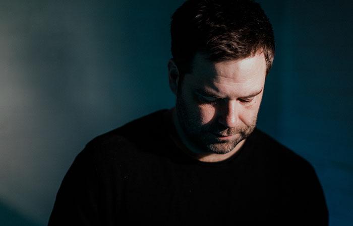 Michael Kerr, New Single, Life Goes On, Music News, TotalNtertainment