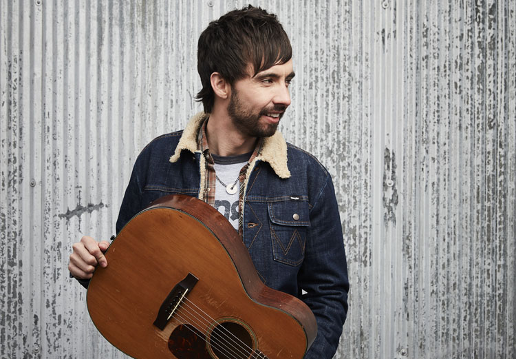 Mo Pitney, Country Music, New Album, Aint Lookin Back, TotalNtertainment