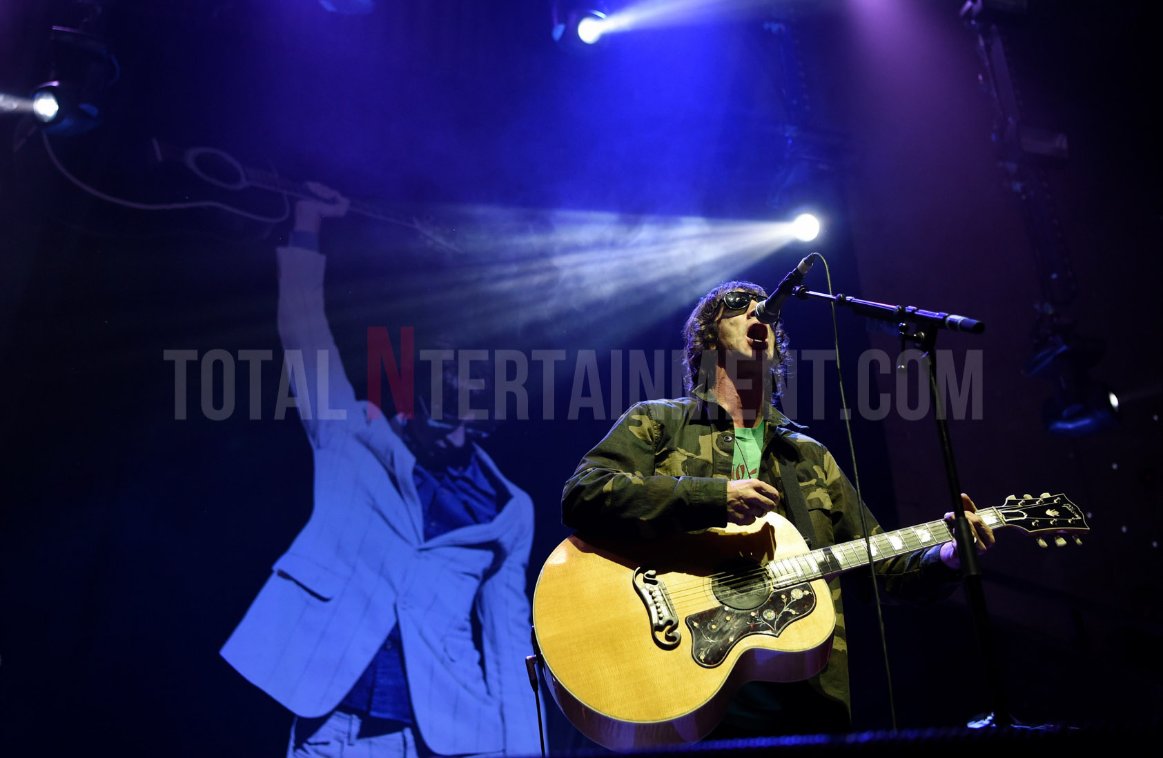Richard Ashcroft, Stephen Farrell, Music, TotalNtertainment, Review, Manchester