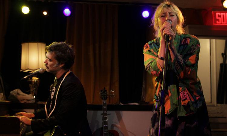 Rufus and Martha Wainwright, Music, Tour, TotalNtertainment, Christmas