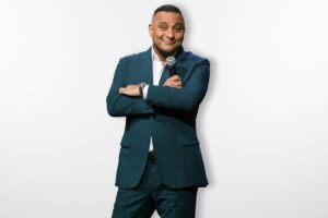 Russell Peters is head to the UK in 2022