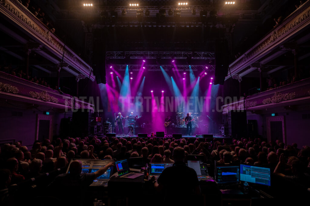 Steve Hackett, Genesis Revisited, Mark Ellis, Music Review, TotalNtertainment, Seconds Out + More