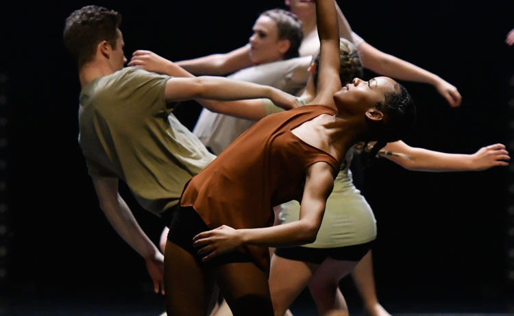 The Lowry Centre, Dance, Theatre, Manchester, TotalNtertainment