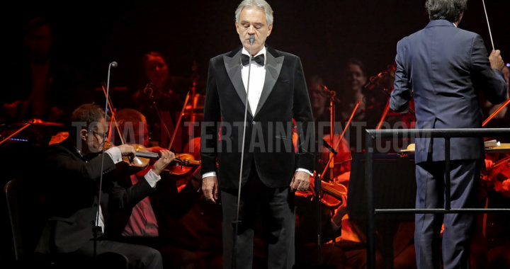 Andrea Bocelli wows crowd with effortless perfection