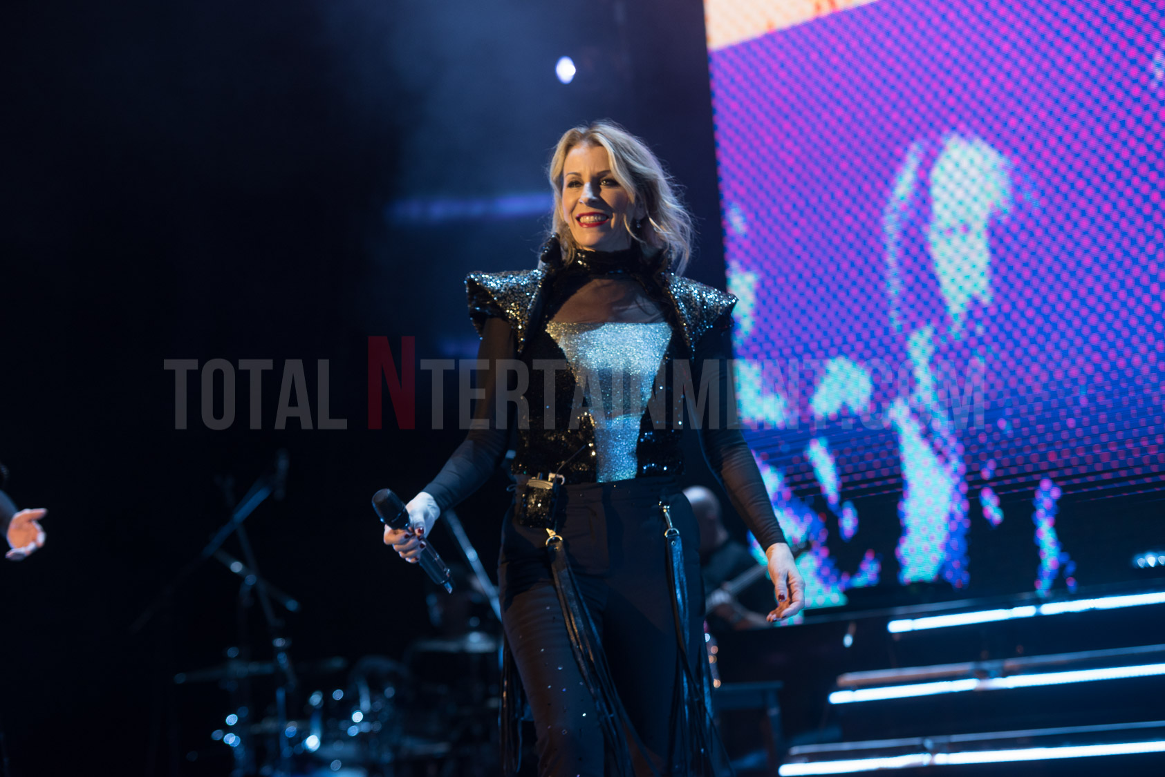 Bananarama bring some '80s pop glamour to the York Barbican
