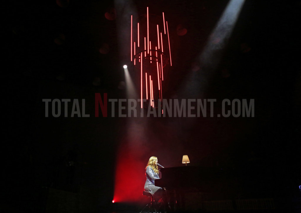 Freya Ridings, Manchester, Sakura, Review, Music, TotalNtertainment