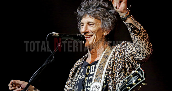 """Ronnie Wood """"Mad Lad' rocks Manchester"""
