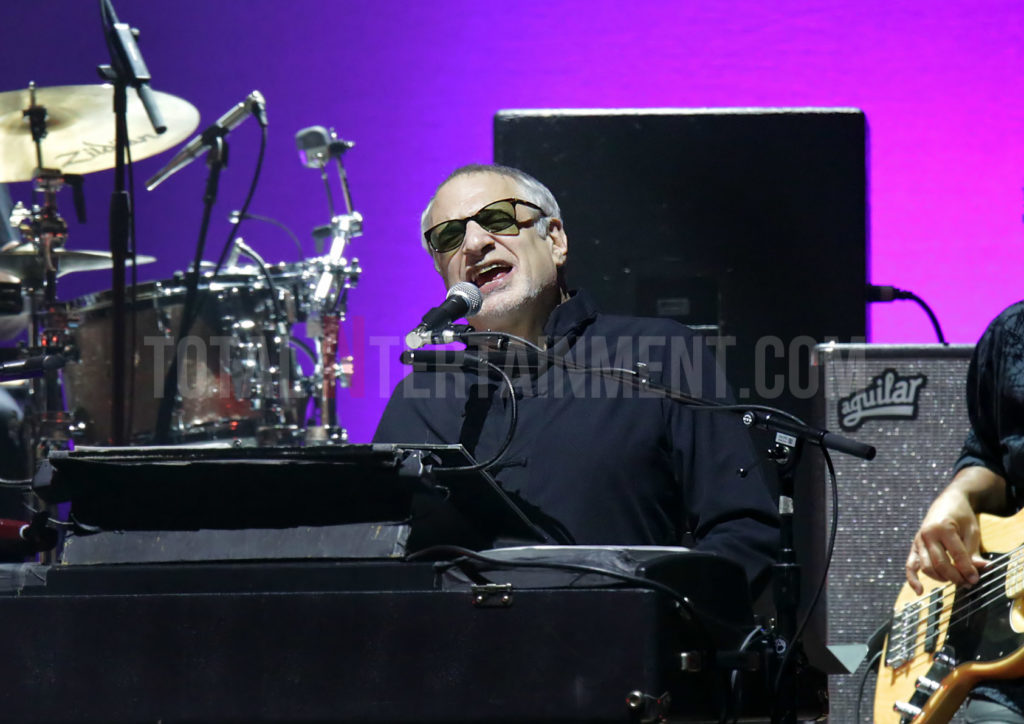 Steely Dan, Steve Winwood, Sakura, review, TotalNtertainment, Manchester